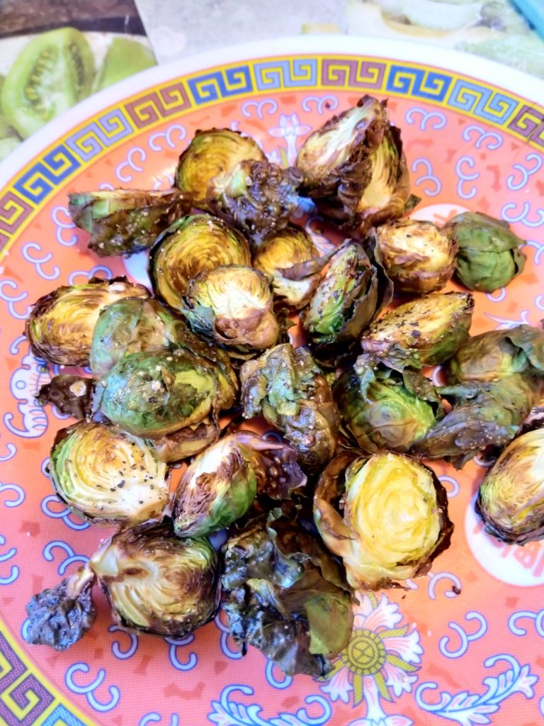 roasted brussles sprouts with oil, pepper and salt.